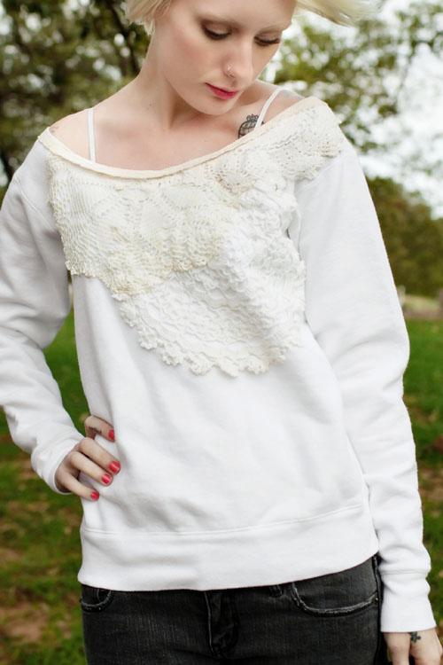lace_sweatshirt