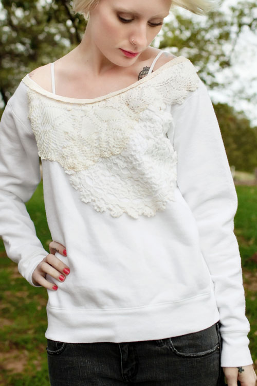 lace_sweatshirt