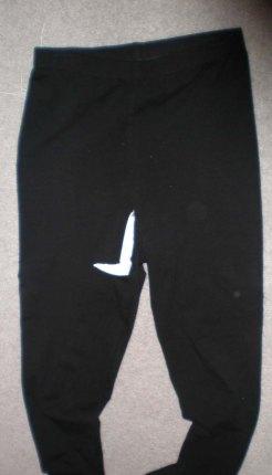 hole in leggings